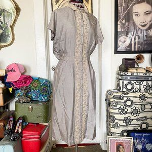 Stormy grey lace and linen 1960's does 1940's